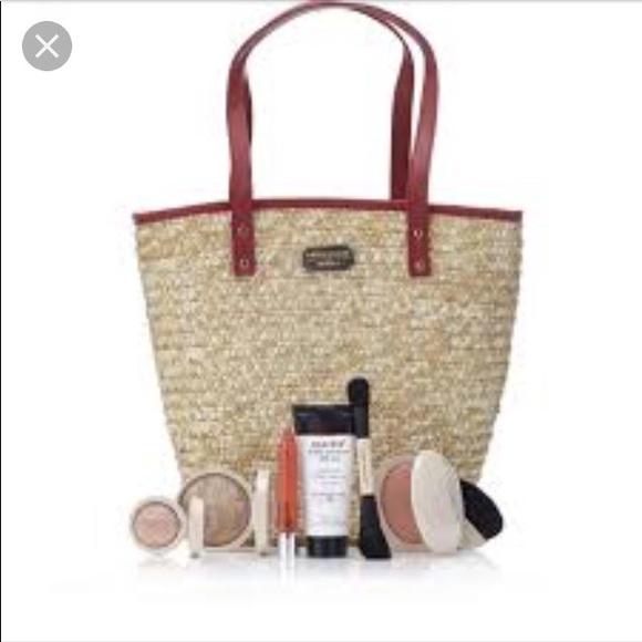 3435bd68 tradesy Bags | Womens Makeup Bag | Poshmark